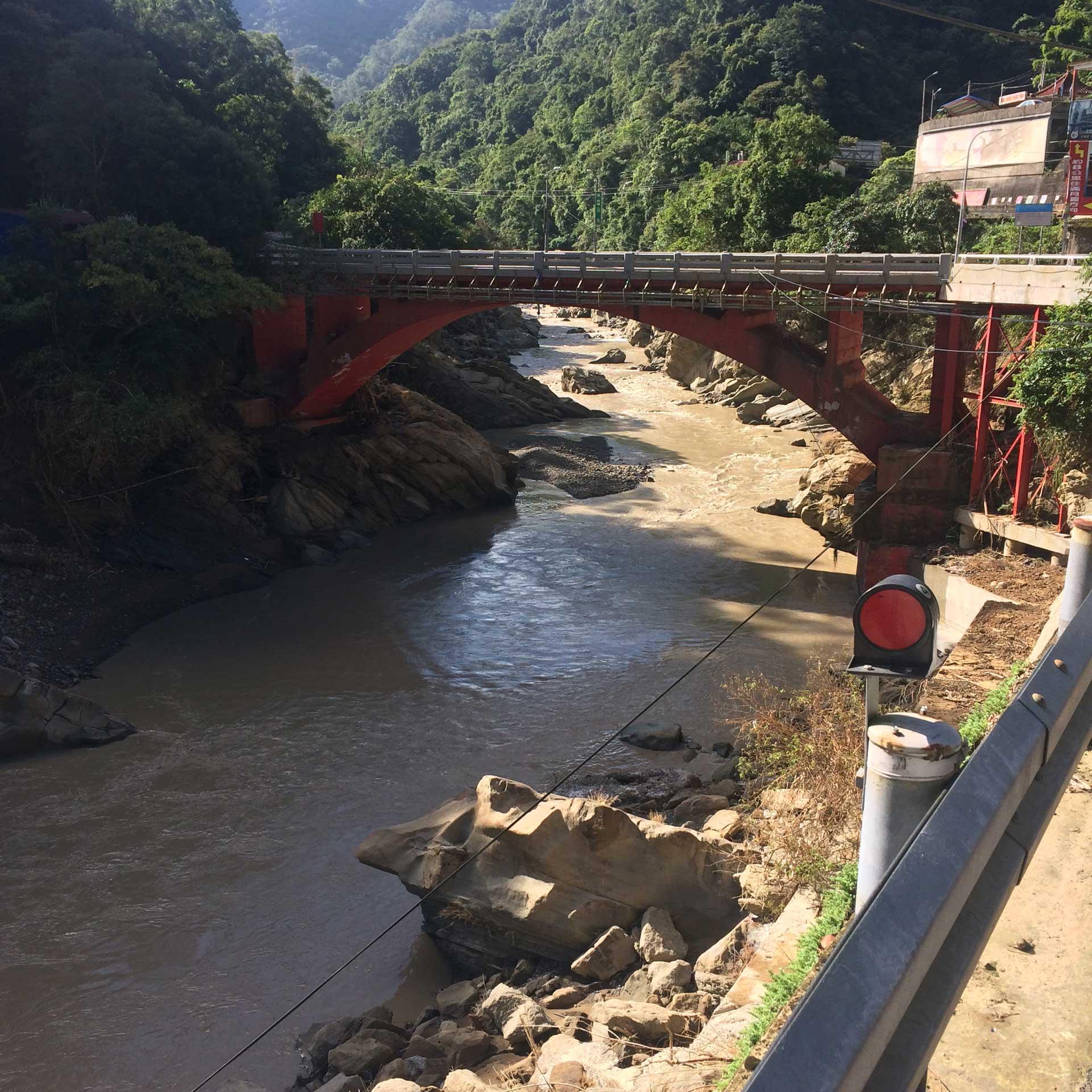 三峽大豹溪,蘇迪勒颱風過後,處於一種亂石崩雲的狀態