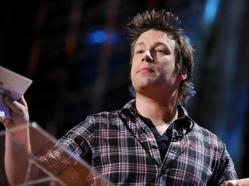 Jamie Oliver 能站上 TED 舞台向全世界演講,全因為他樂於分享